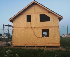 п. Новокондакопшино. Дом из СИП панелей по типовому проекту Мерлин
