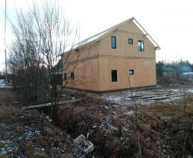 Посёлок Малое Карлино. Дом из СИП панелей.