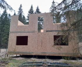 Третий дом из СИП панелей в Рощино